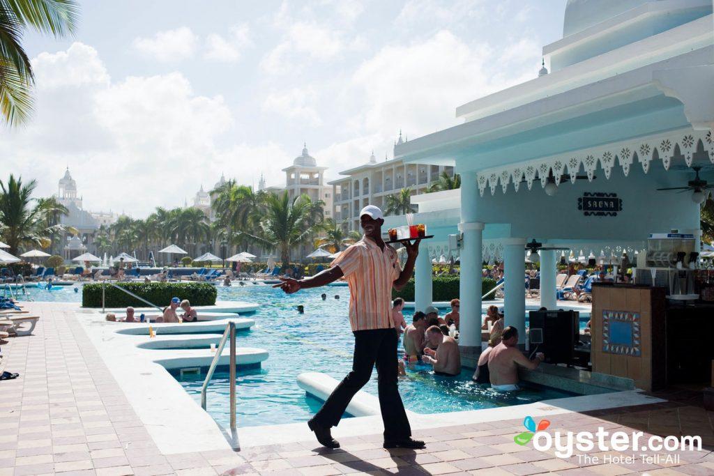 Drink Service at the Pool at Hotel Riu Palace Punta Cana/Oyster