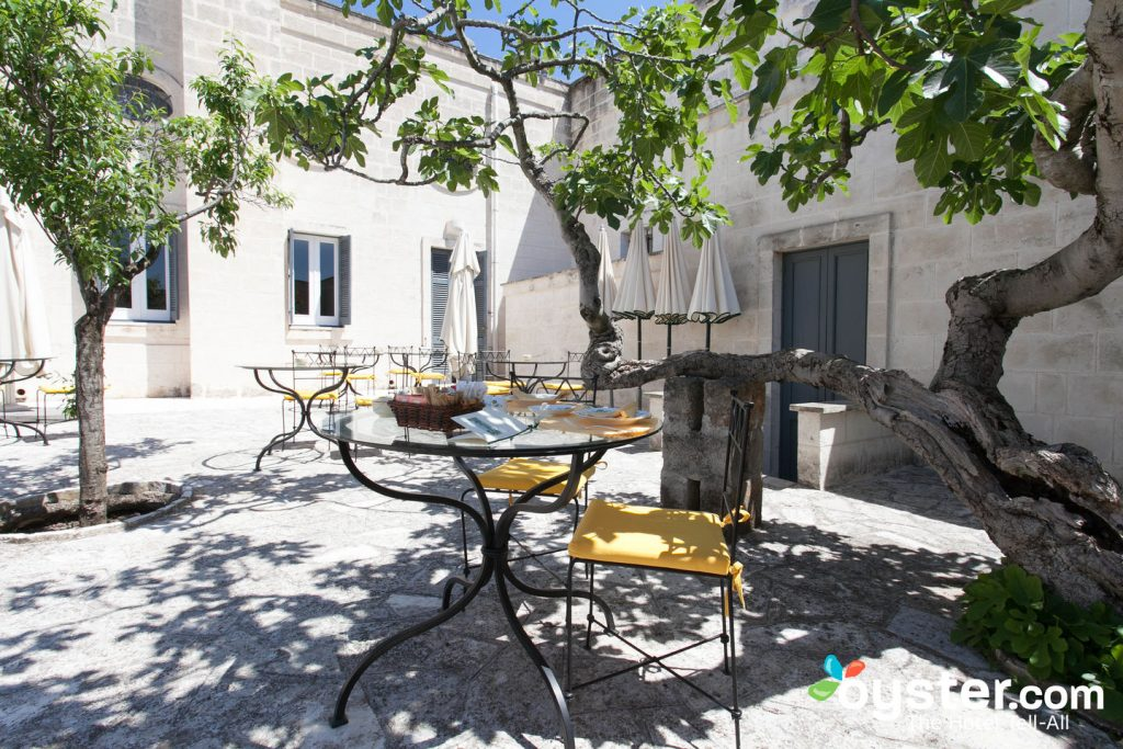 Restaurant at Masseria San Domenico/Oyster