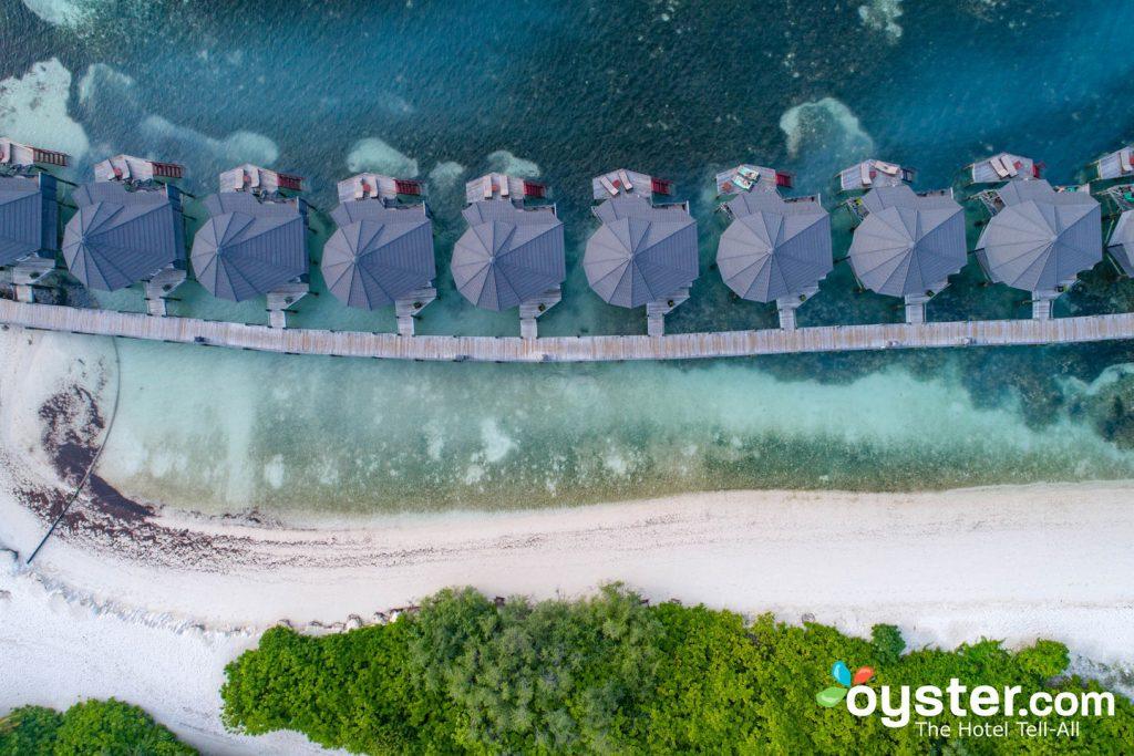 Grounds at Kuredu Island Resort & Spa/Oyster