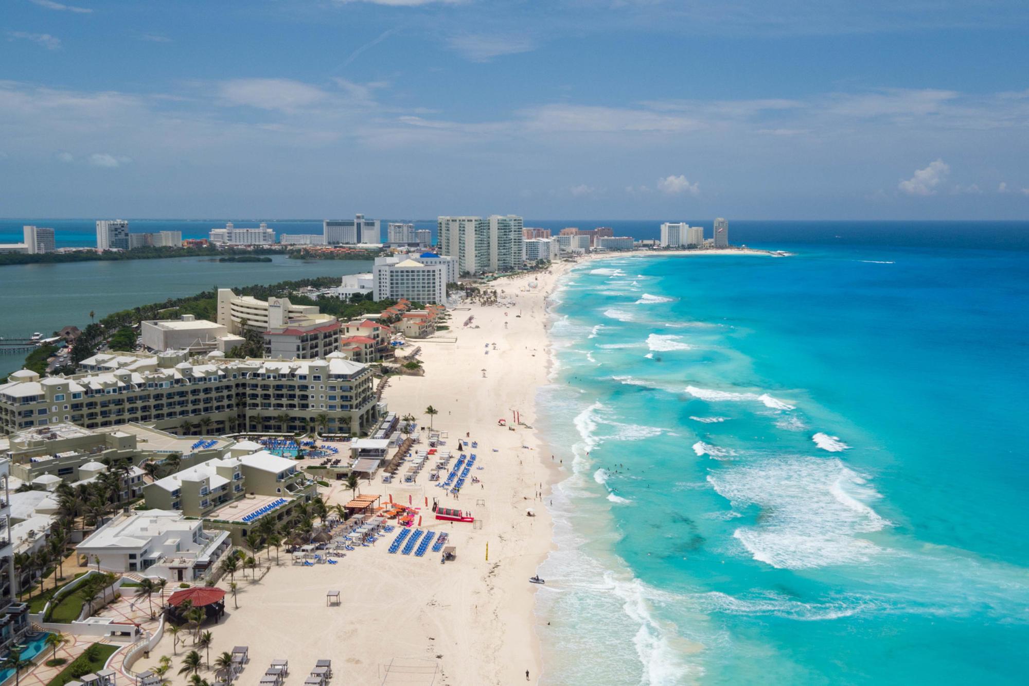 overhead view of Hyatt Zilara Cancun