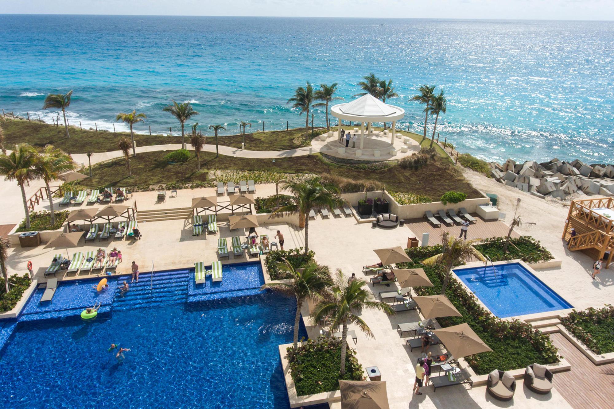 Hyatt Ziva Cancun/Oyster