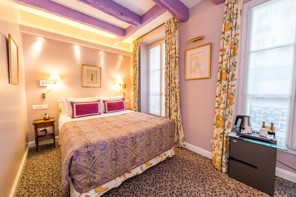 The Classic Room at the Le Relais Montmartre