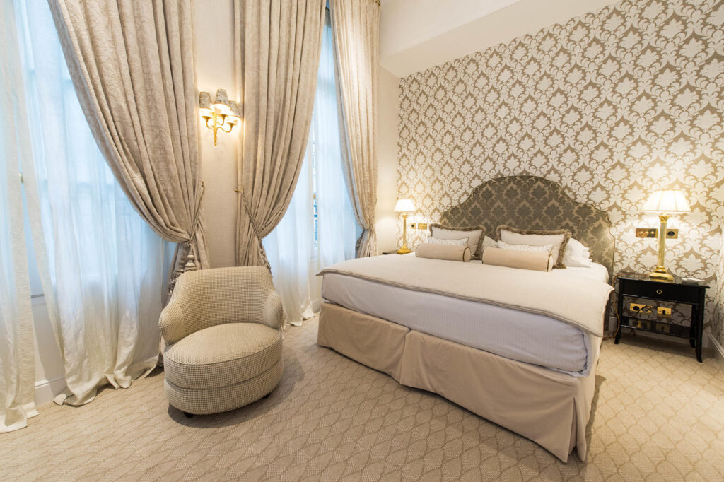 The Deluxe Room at the Relais Christine