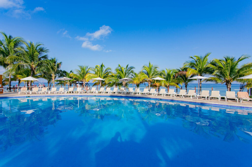 The Main Pool at Occidental Cozumel
