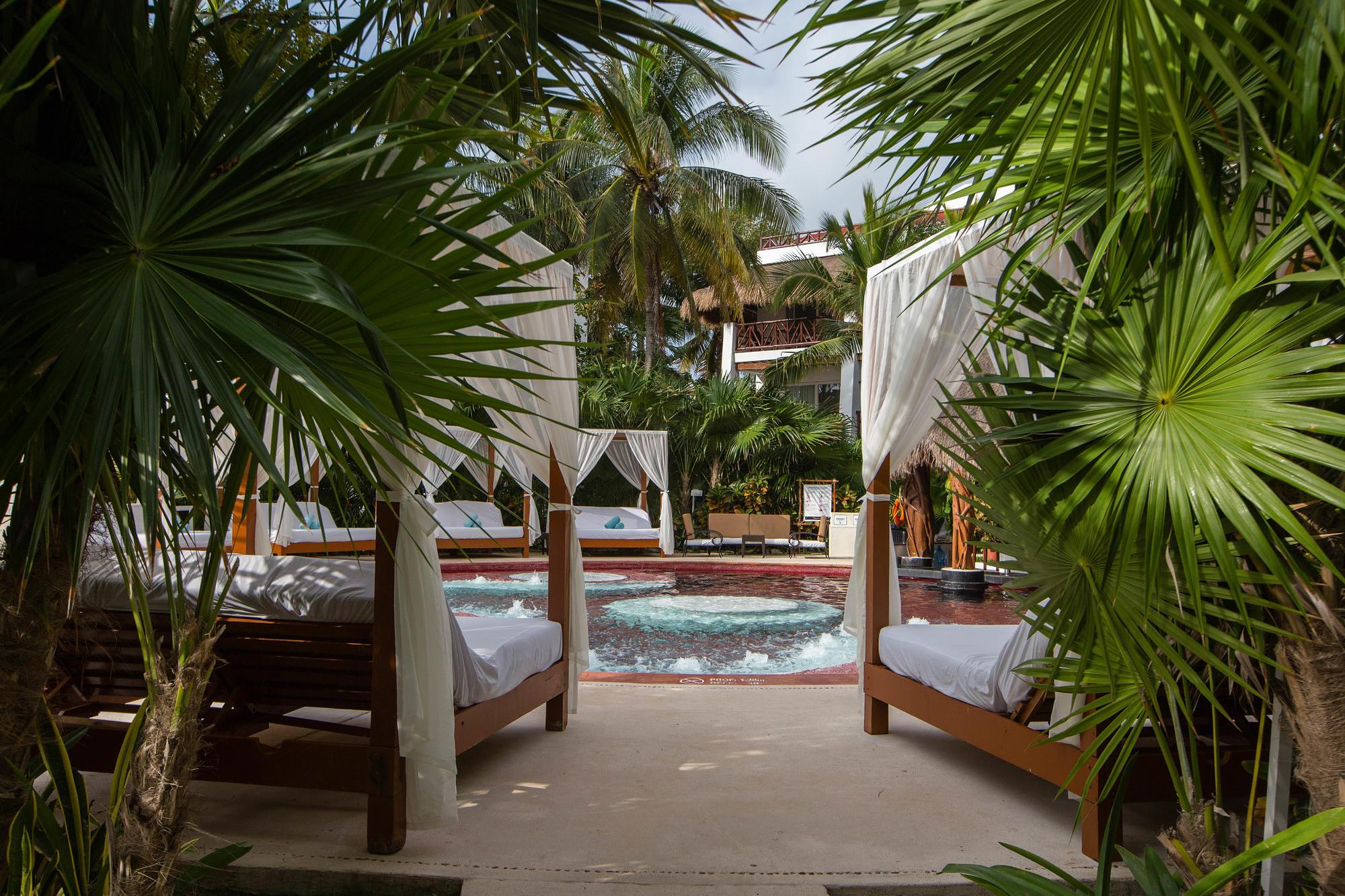 The Wet spot at the Desire Riviera Maya Pearl Resort