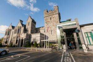 Clontarf Castle Hotel/Oyster