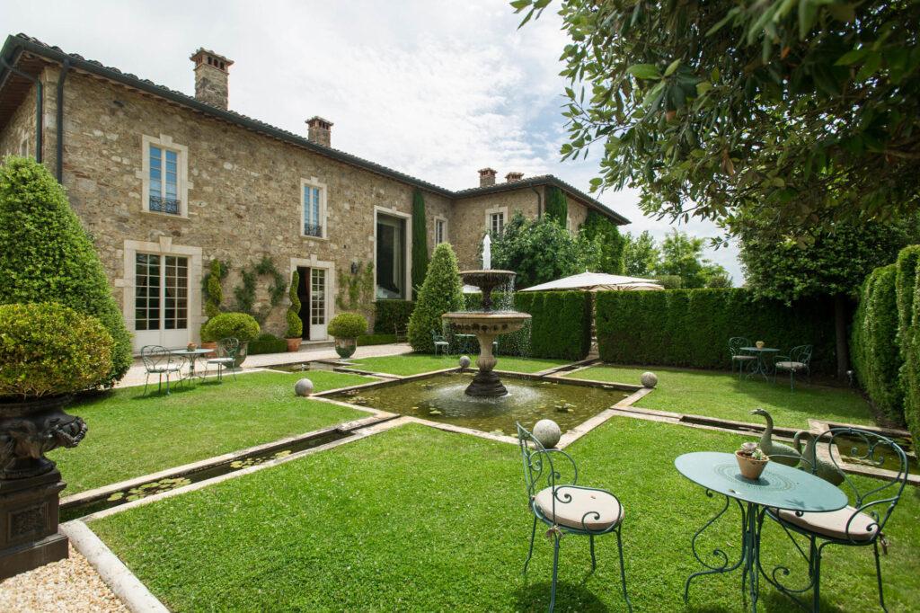 Garden at the Borgo Santo Pietro