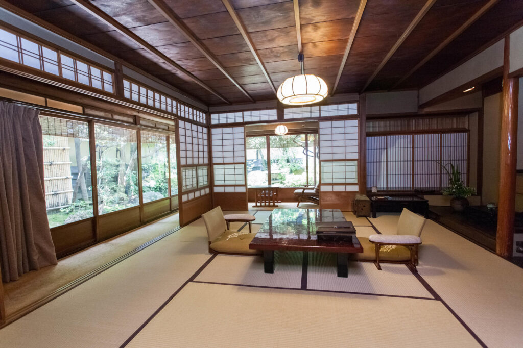 Main Building Guest Room Garden View at Hiiragiya