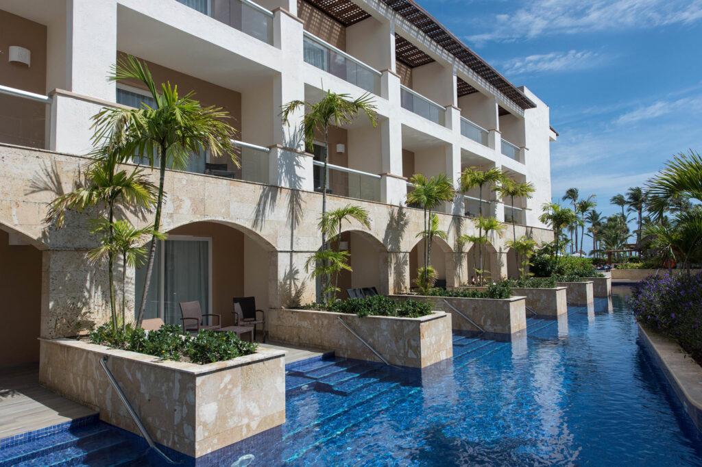 The Swim-up Pool at the Hideaway at Royalton Punta Cana