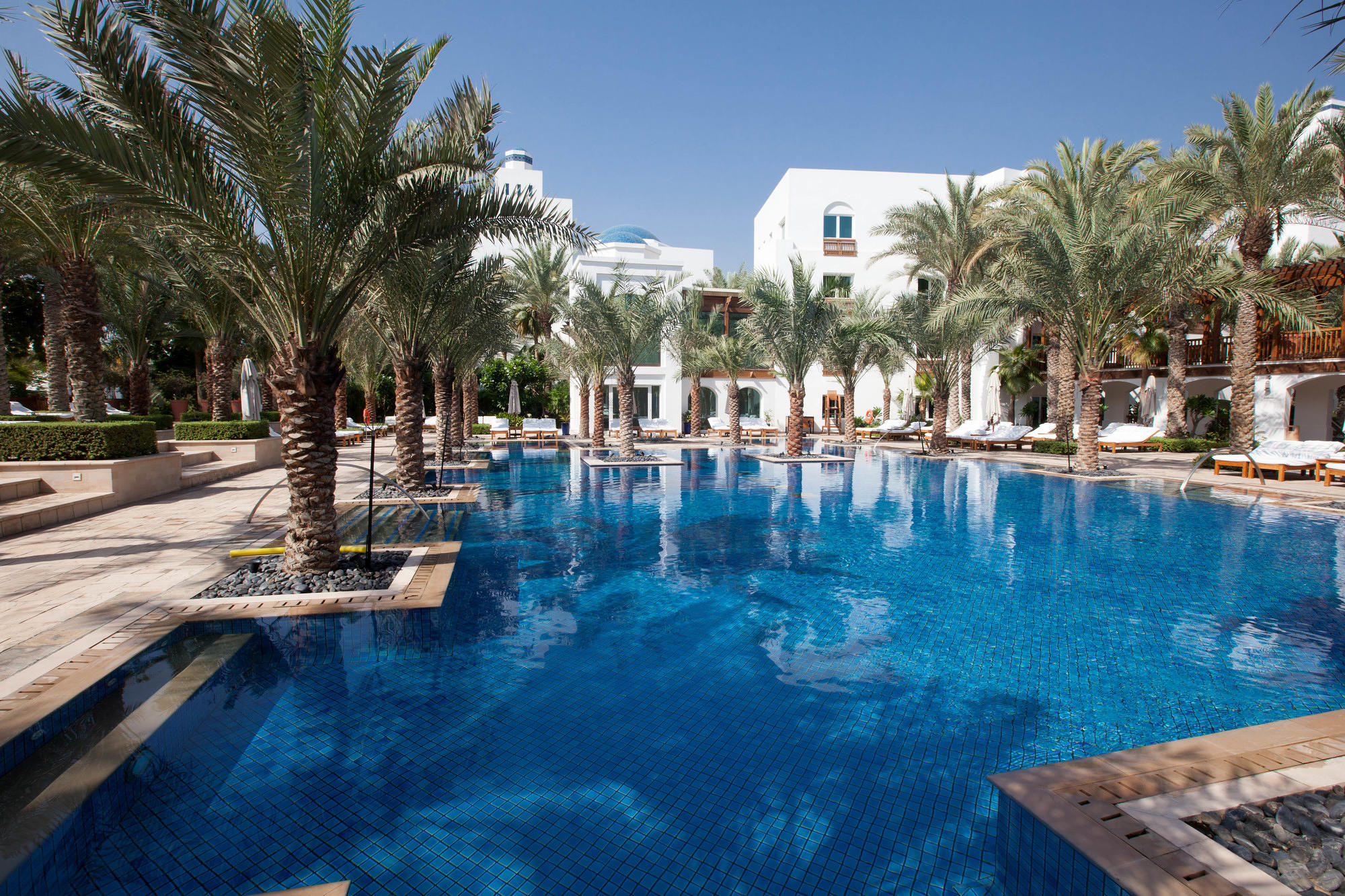 10 Best Bang-for-Your-Buck Hotels in Dubai
