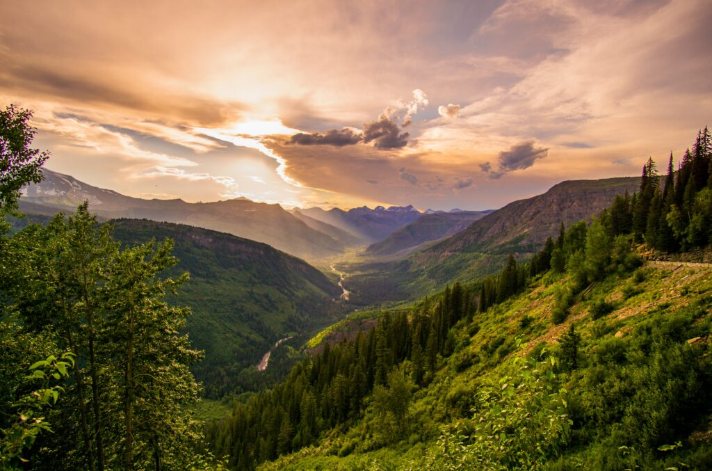 Going-To-The-Sun Road, West Glacier, United States
