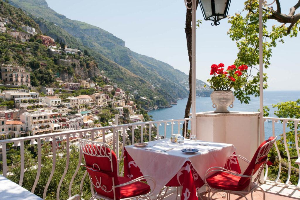 Tridente Restaurant-Breakfast Room at the Hotel Poseidon