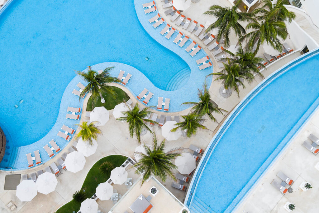 The pools at Le Blanc Spa Resort Cancun