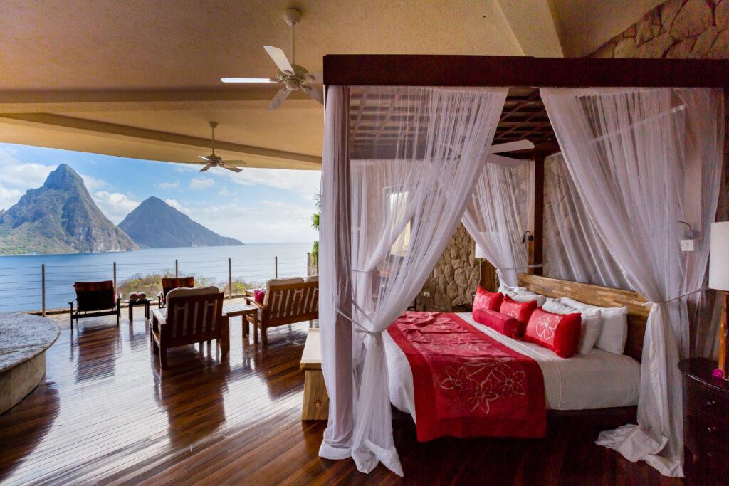 Room at Jade Mountain Resort