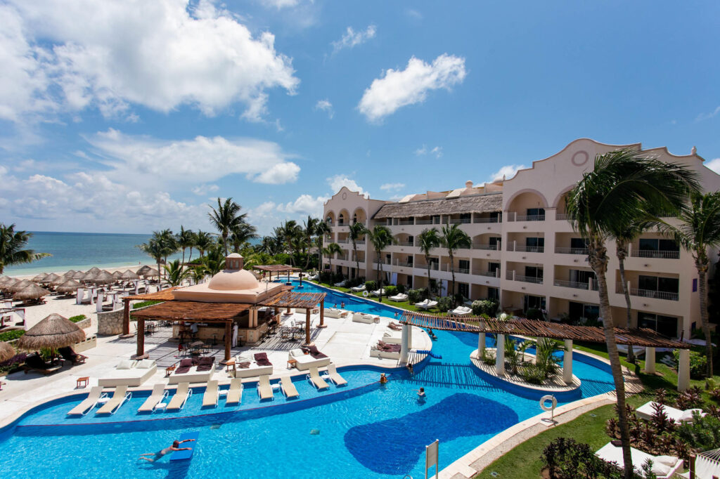 The Excellence Club Junior Suite Ocean Front at the Excellence Riviera Cancun