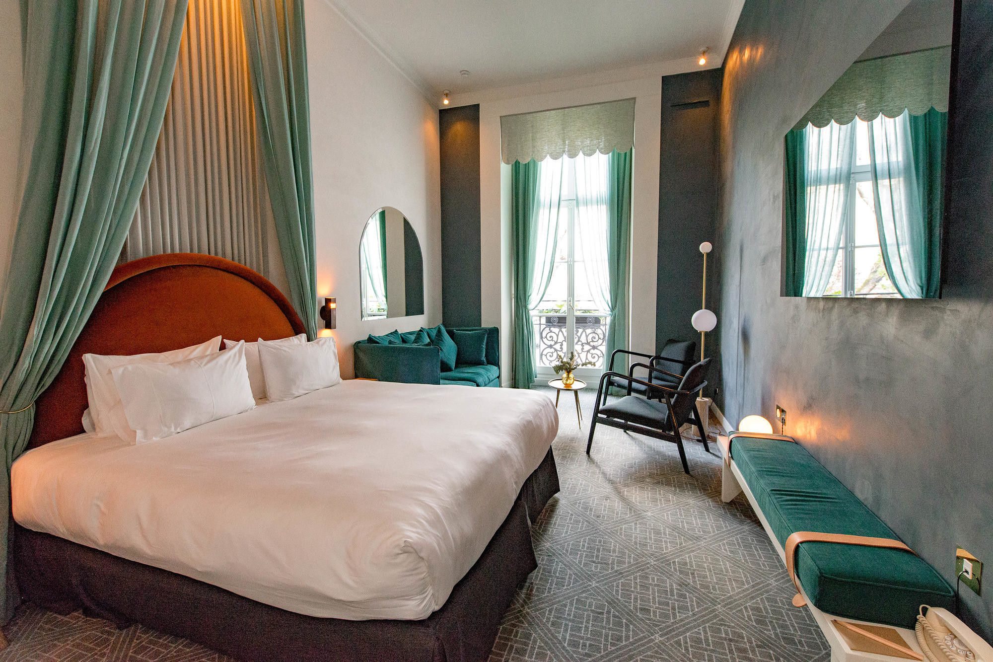Mid-century style guest room at Hotel des Grands Boulevards, Paris
