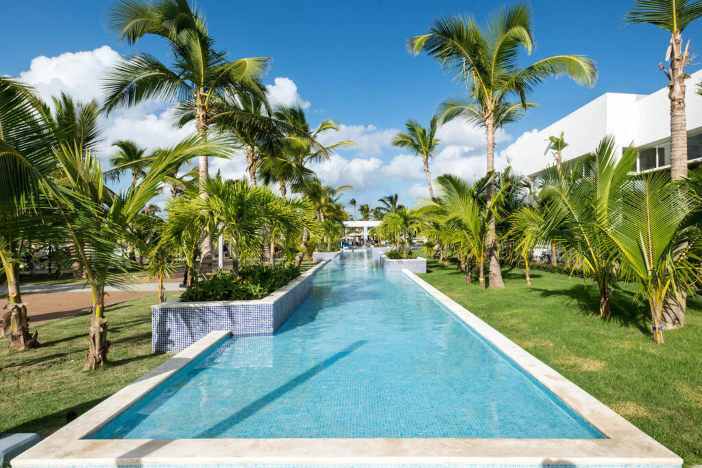 Grounds at Hotel Riu Republica – Adults Only