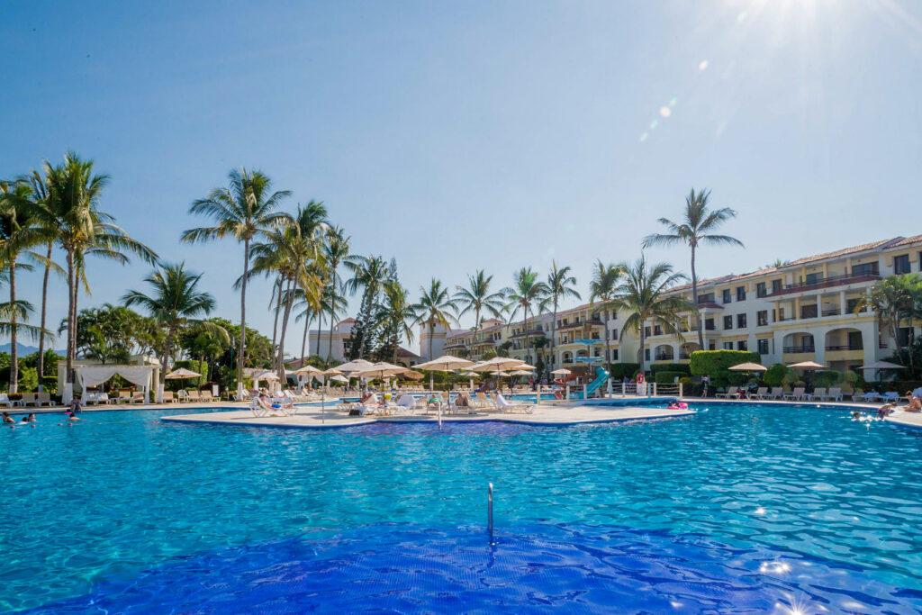 The Pool at the Samba Vallarta - All Inclusive