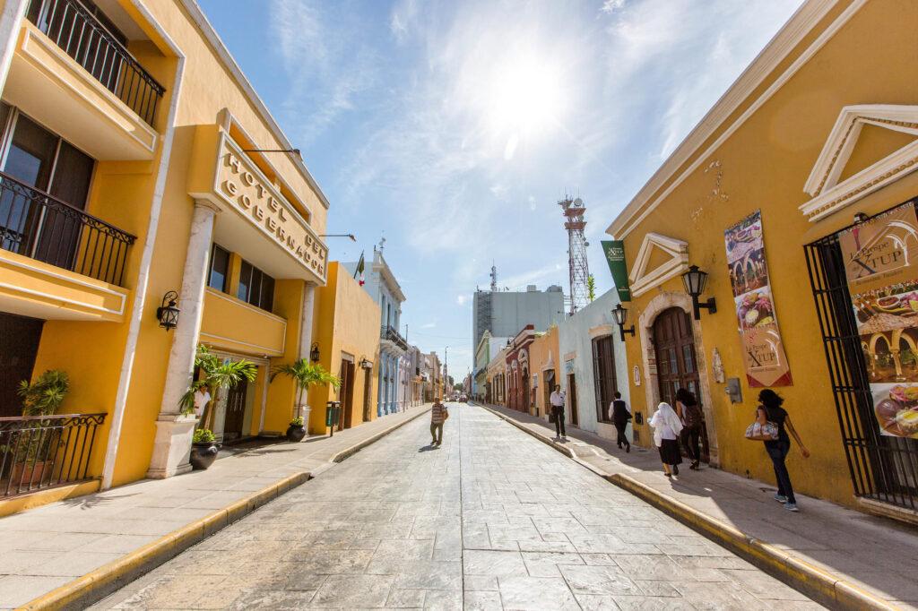 Street at the Del Gobernador