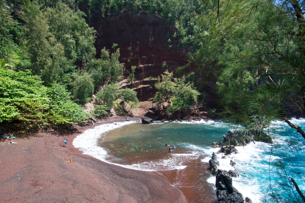 Kaihalulu Beach, Maui