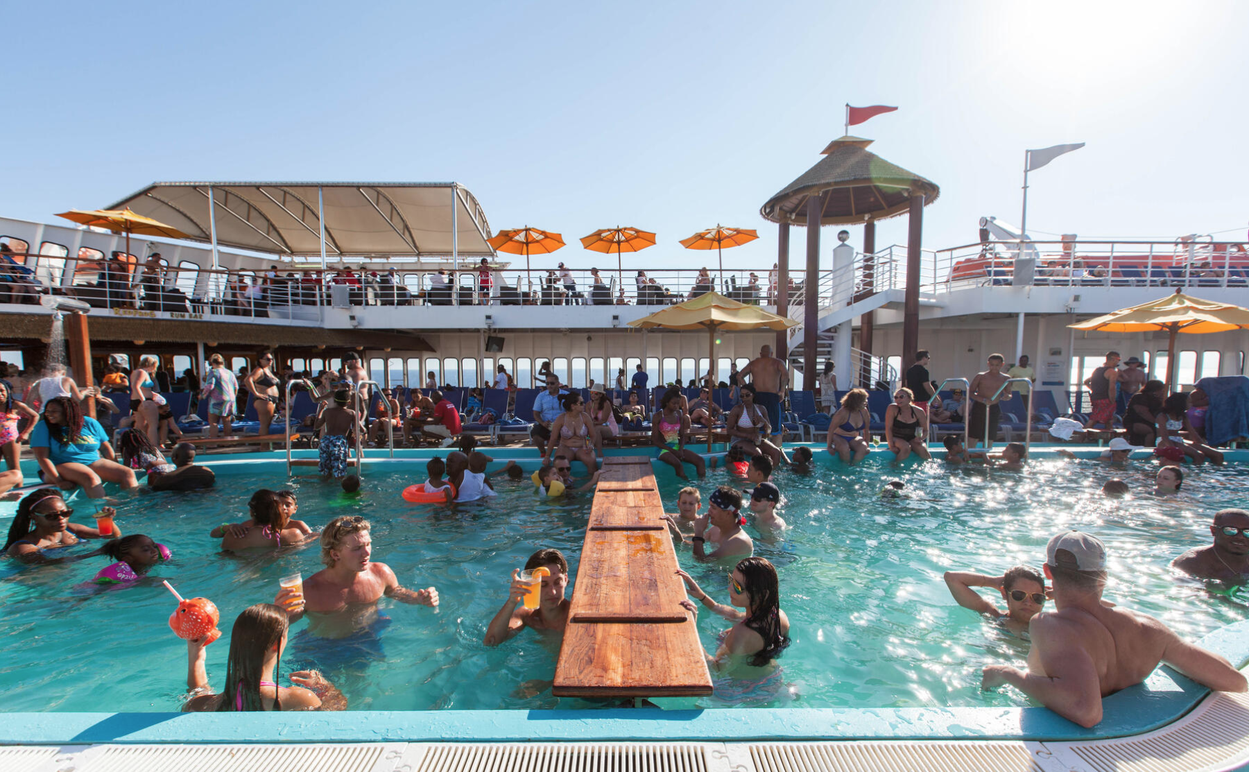 The Main Pool on the Carnival Fantasy/Oyster