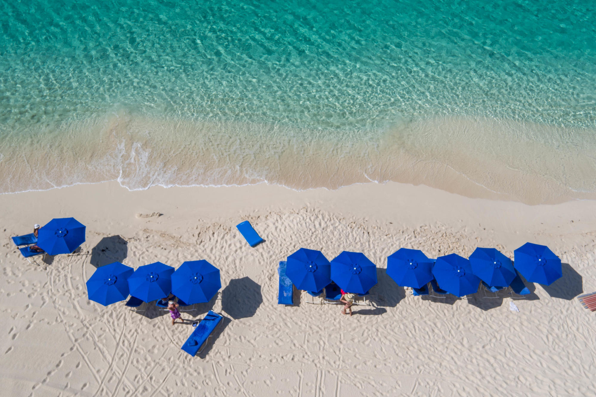 The 10 Best Caribbean Islands for Couples and the Most Romantic Hotel on Each