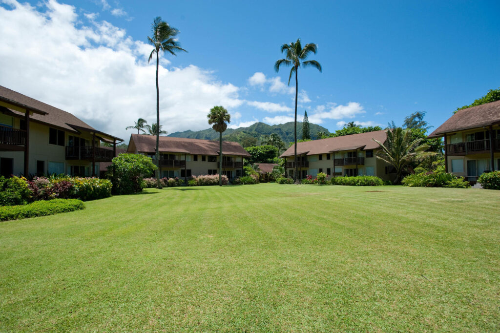 Grounds at the Hanalei Colony Resort