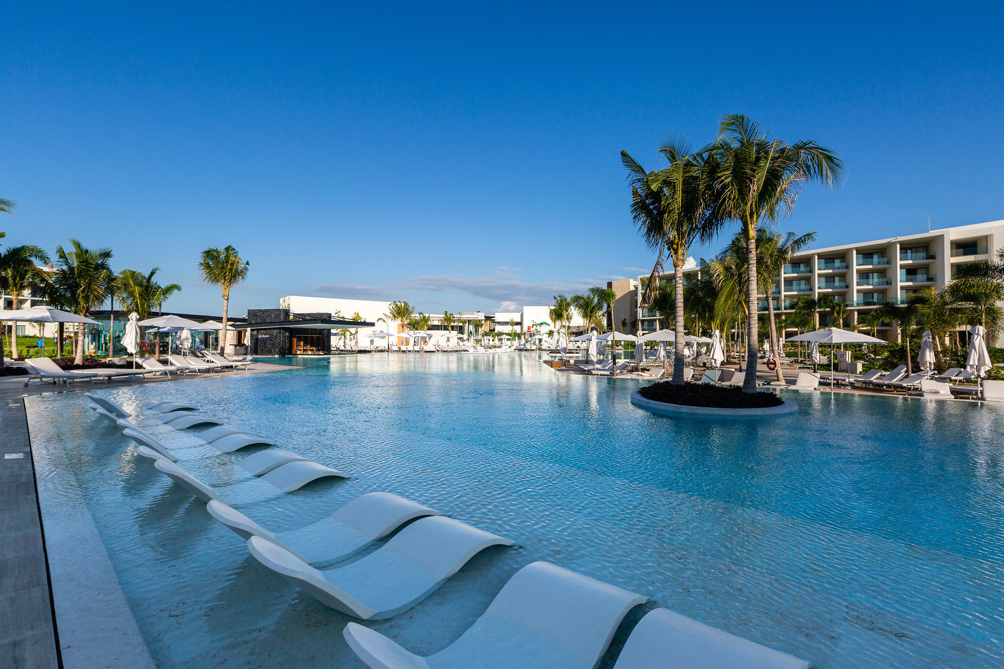 The main pool at Grand Palladium Costa Mujeres in Playa Mujeres