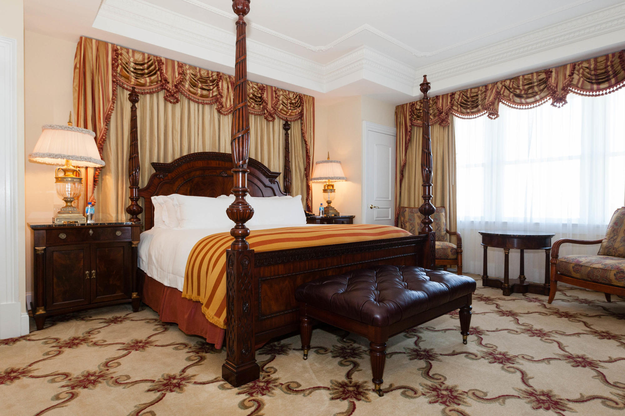 A suite at the Market Pavilion Hotel in Charleston, South Carolina