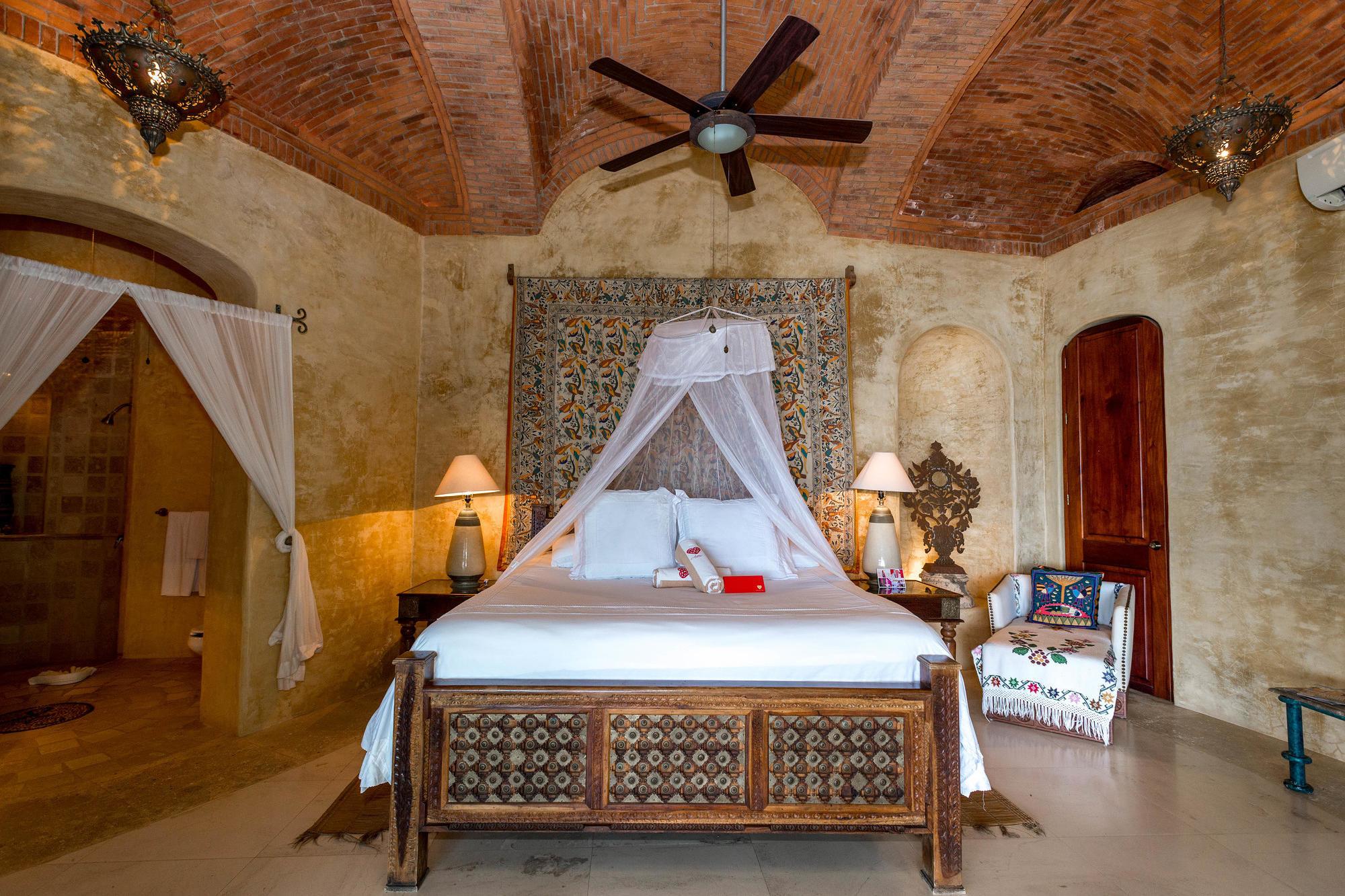 Villa Los Arboles at Amor Boutique Hotel in Sayulita, Riviera Nayarit/Oyster