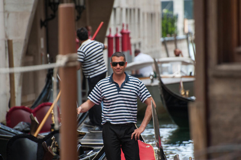 Gran Canal Gondoliers