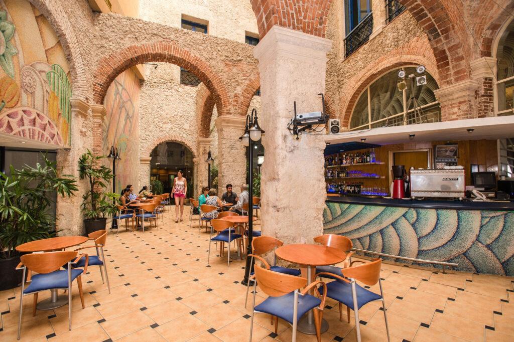 Bar at the Hotel Telegrafo